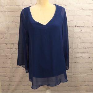 Soft Surroundings blue long sleeved blouse